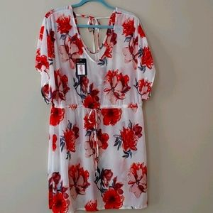 NWT Lildy Silky flowered print Cover-Up Size L-XL